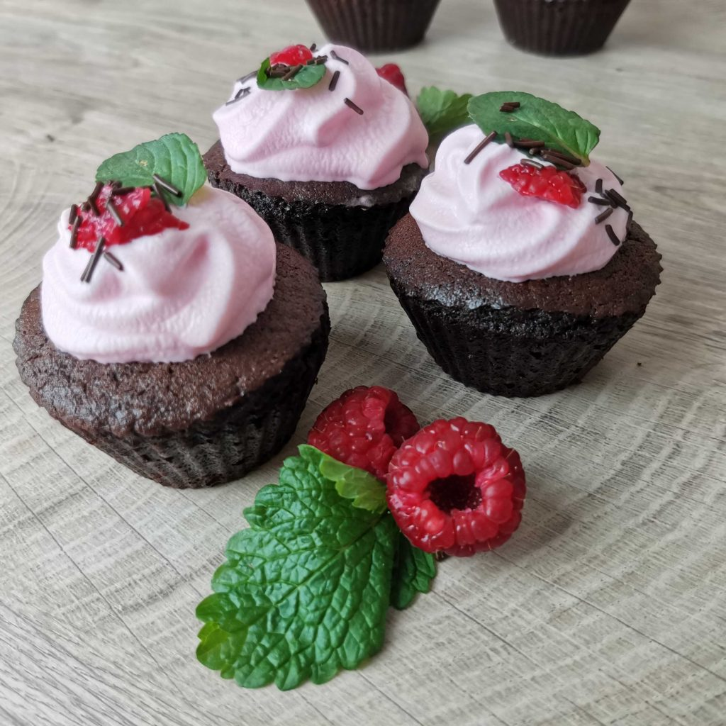Malinové cupcakes z mouky Pernerka
