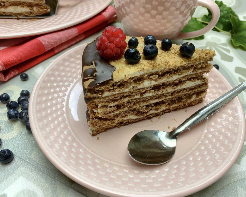 Medový dortík z pohankové mouky Pernerky